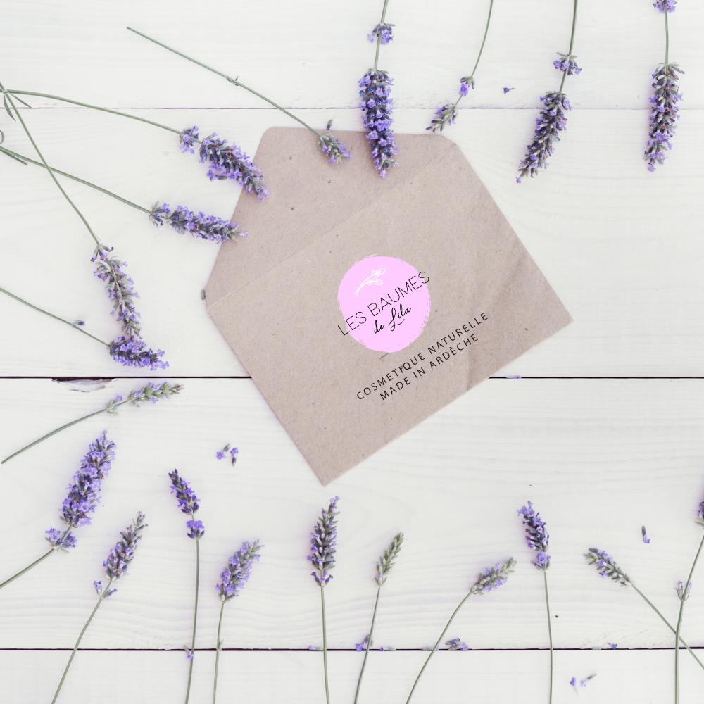Création d'enveloppe à l'effigie des baumes de lila